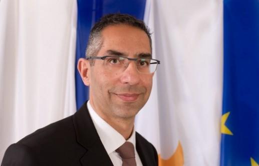 Rum Savunma Bakanından iç siyasette birlik olma çağrısı