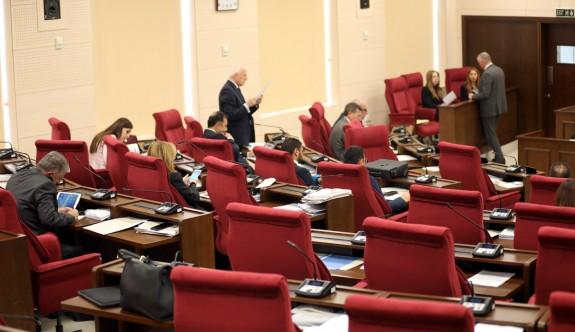 Stenoğraflar grev yapınca Meclis toplantısı yapılamadı