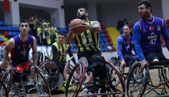Tekerlekli sandalye basketbolunda İbo'lu Fenerbahçe şampiyon