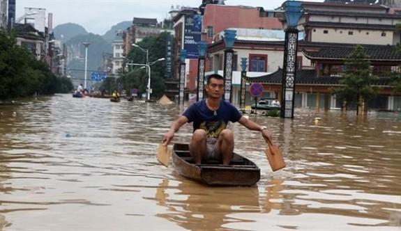 Çin'de aşırı yağışlar can almaya devam ediyor