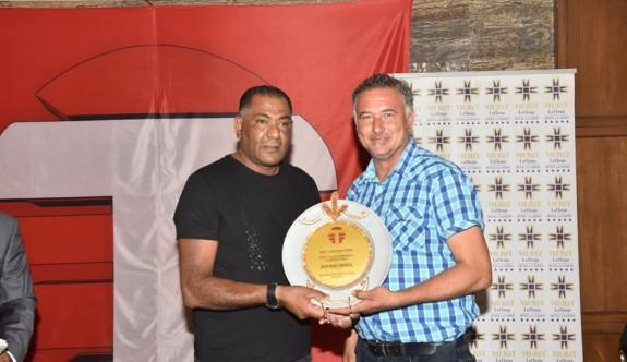 Kanal T ödülleri verildi