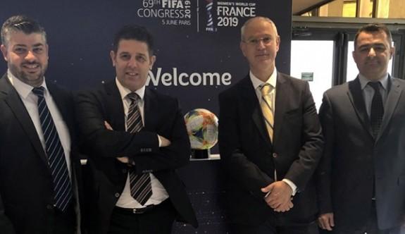 Meclis ve KTFF heyetleri, FIFA yetkilileriyle görüştü