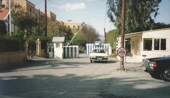 Rum polisinden sınır kapılarında vatandaşlarına zorbalık