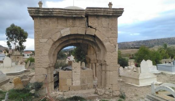 Terk edilen bir köy: Balalan