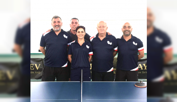 Veteran masa tenisçiler, Kilyos'ta raket sallayacaklar