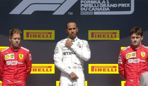Vettel birinci bitirdi, Hamilton kazandı