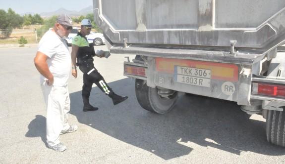 300 araç kontrol edildi 72 sürücü rapor edildi