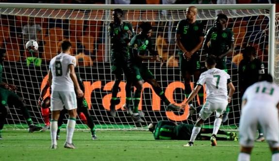 Afrika Kupası'nda finalin adı :Senegal - Cezayir