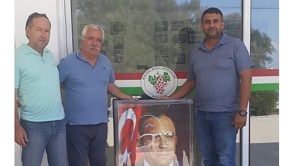Bağcıl Kulübüne, Dr Küçük portresi hediye edildi