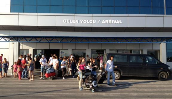 Biletler uçtu, Kıbrıs'a talep düştü