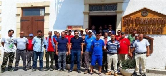 Büyükkonuk Belediyesi çalışanları 24 saatlik grevde
