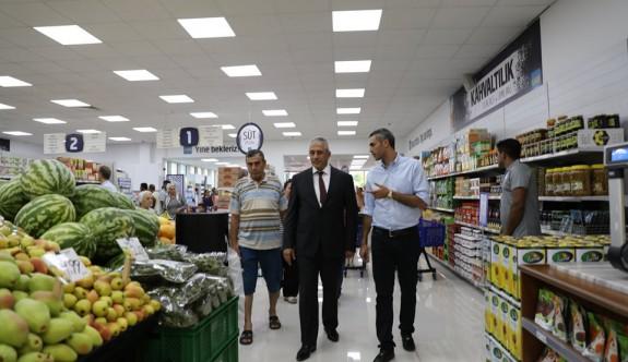 """En ekonomik market """"Ledi"""" açıldı"""