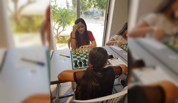 Kadınlar Satranç Şampiyonası başladı