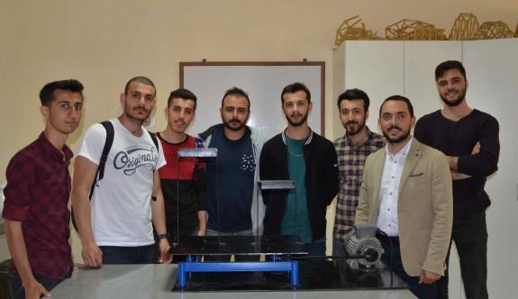 LAÜ İnşaat Mühendisliği Bölümü 'sarsma masası' tasarladı