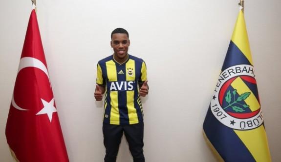 Rodrigues resmen Fenerbahçe'de