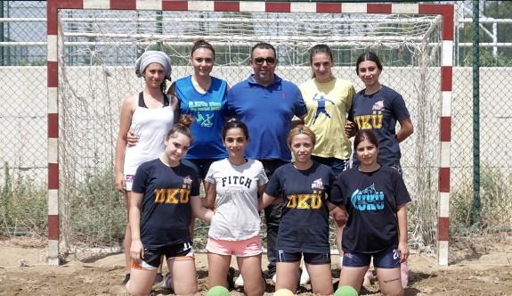 UKÜ kadın hentbolcuları, Hırvatistan'a mücadele edecek