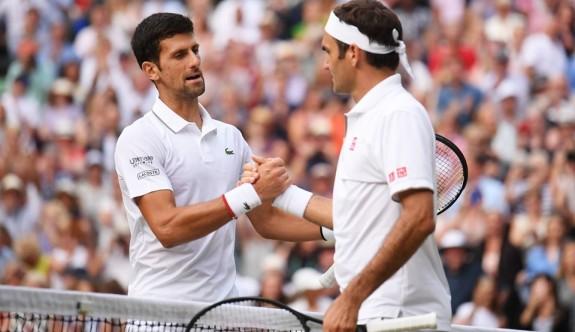 Wimbledon finaline ünlü akını