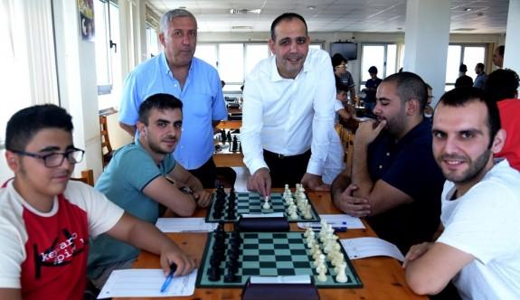 Yaz'ı satrançla karşıladılar
