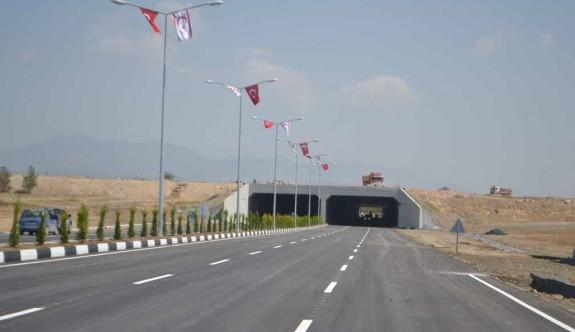 Drag yarışı nedeniyle Akıncılar tünel yolu tek şeritten verilecek