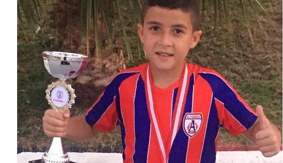 Erez, İzmir'de şampiyon