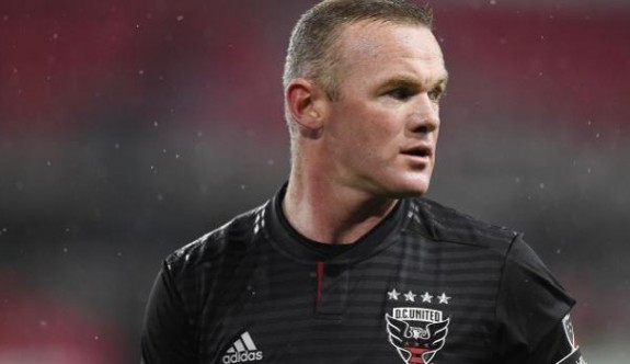 Rooney futbolcu-antrenör oluyor