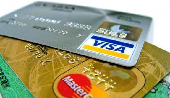 Rumlar kredi kartı ile harcamaya yöneldi