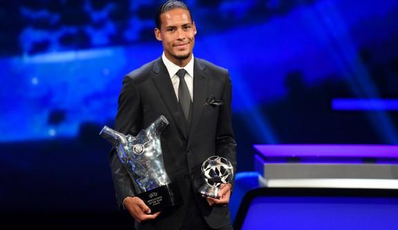Van Dijk Avrupa'da yılın futbolcusu seçildi