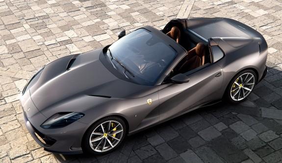 Ferrari'den V12 motorlu üstsüz model