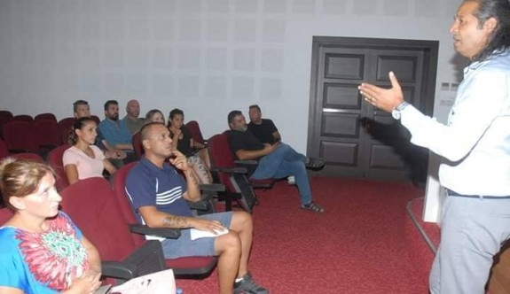 Hentbolda antrenör semineri yapıldı
