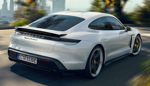 Porsche'nin tamamen elektriklisi Taycan