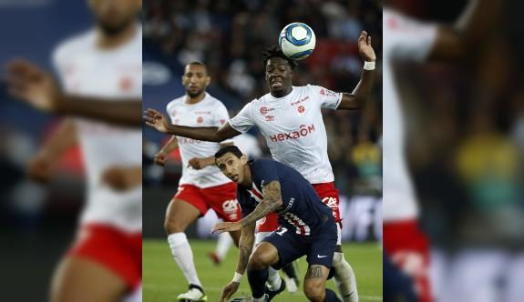 PSG 22 maç sonra evinde yenildi