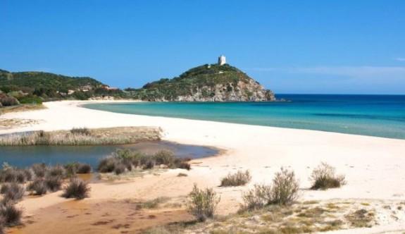 Sardinya'dan turist çifte ibretlik ceza