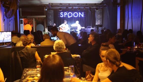 Spoon Lounge'da muhteşem sezon açılışı