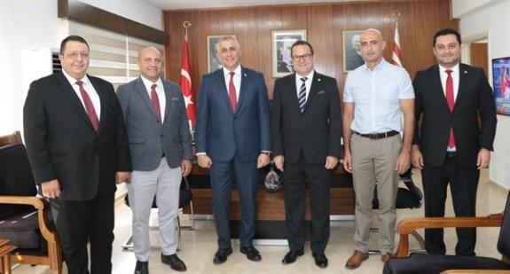 Ticaret Odası heyeti Maliye Bakanı Amcaoğlu'yla görüştü