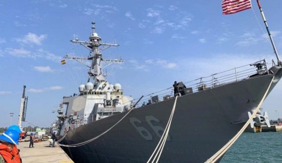 ABD ve Rus Donanmalarının gemileri Güney'de