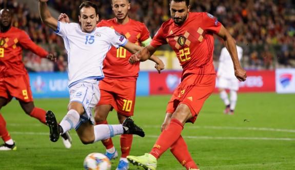 Belçika, finallere katılmayı garantileyen ilk takım