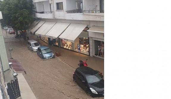 Girne'yi yağmur vurdu