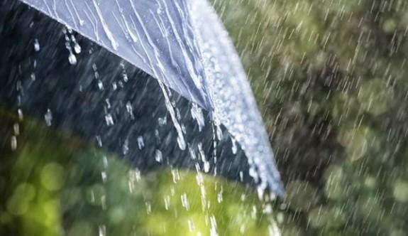 Hava yarın kısa süreli sağanak yağmurlu