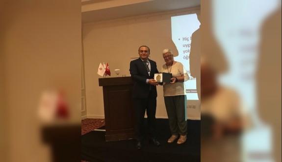 LAÜ akademisyeni Ataman, özel eğitimin geçirdiği aşamalar hakkında bilgiler verdi