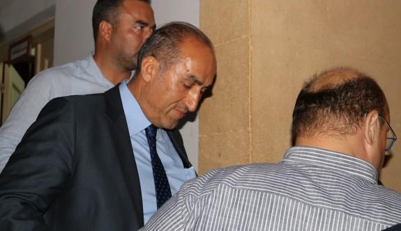 Altınbaşlar sahte evrak düzenlemeden tutuklandı