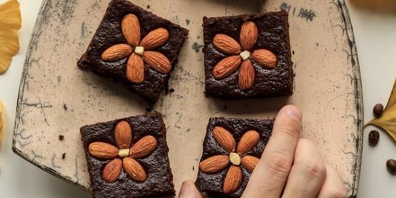 Hem Pratik Hem Lezzetli: Pişirmeden Hazırlayabileceğiniz 16 Kolay Tatlı