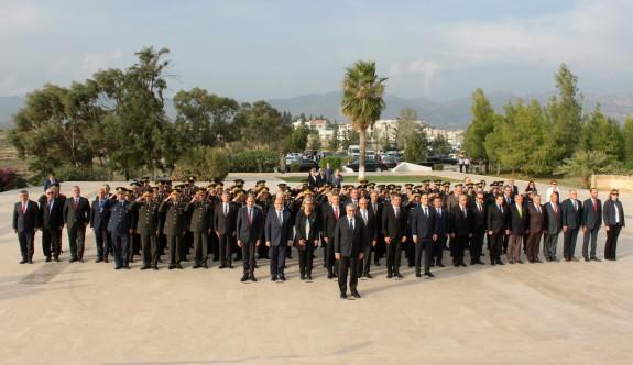 KKTC'nin kuruluş yıl dönümü nedeniyle Anıttepe'de tören düzenlendi