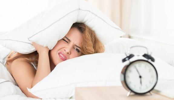 Sabahları daha kolay uyanmak için yapmanız gerekenler