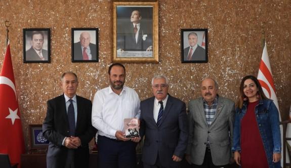 Sadıkoğlu'ndan Dr. Küçük Vakfı'na destek sözü