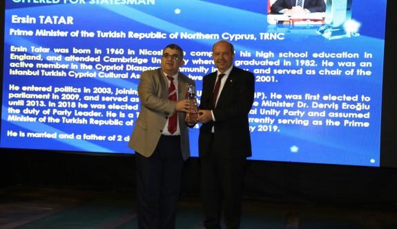 Tatar'a Stratejik Vizyon Sahibi Devlet Adamı ödülü