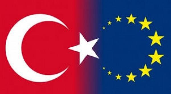 AB'den Türkiye'ye yardım kesintisi