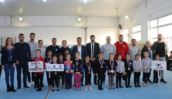 Cimnastikçiler, Liderimiz anısına yarıştılar