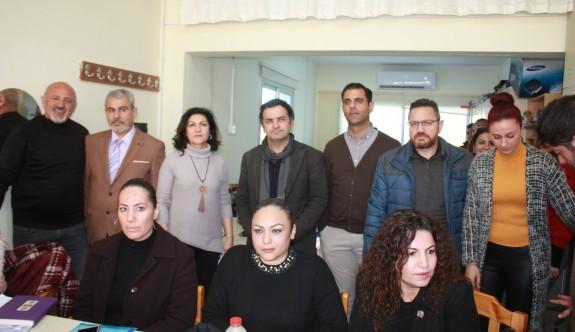 """""""Eğitim Bakanlığı'nın öğretmen ve okul idarecilerine yapılan hakaretlere sessiz kalması kabul edilemez"""""""