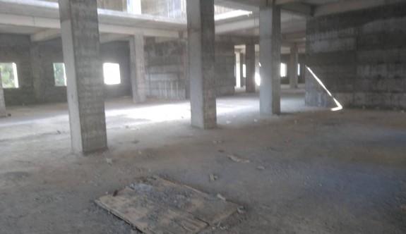 Güzelyurt yeni hastane binası fuhuş yuvası oldu