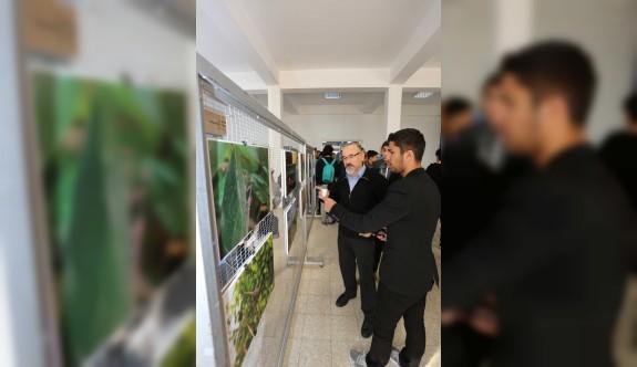 """LAÜ İletişim Bilimleri Fakültesi """"Yaşama Dair"""" adlı fotoğraf sergisi düzenled"""